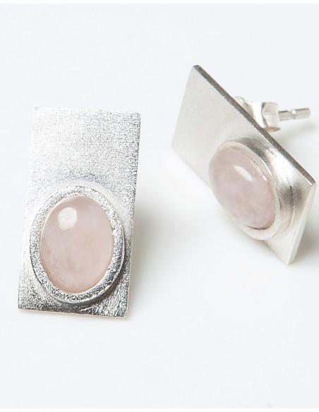 Pendientes rectángulo con piedras de color en INVITADISIMA