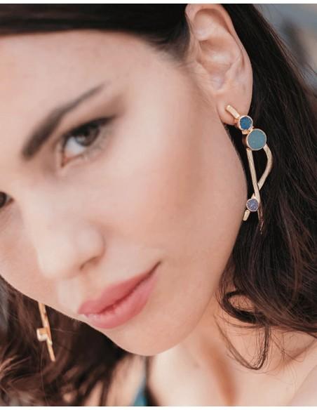 Crossed earrings with drusen stones in blue tones wedding guest