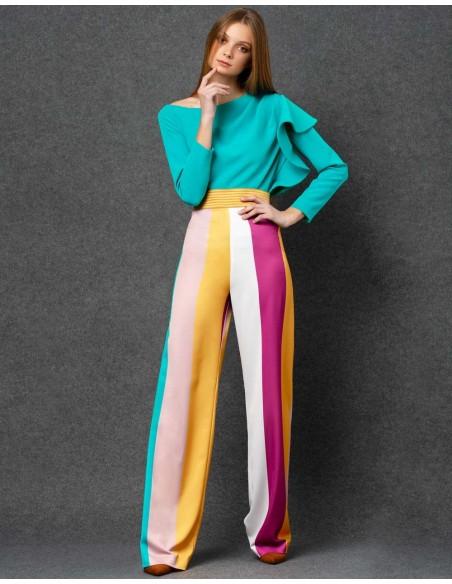 Pantalón de fiesta largo amplio de rayas de colores de nuribel para invitadas a bodas y eventos.