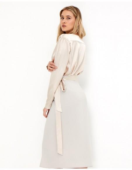Blusa de fiesta crema con escote en V - Ella - Tez Originals