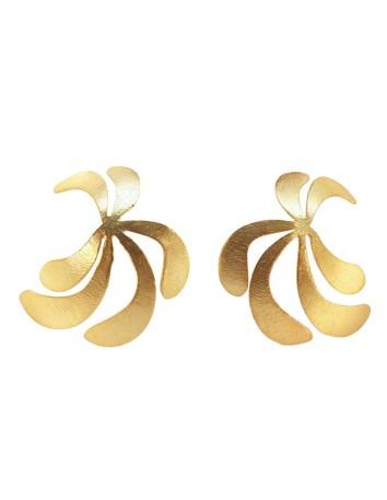 Pendientes de fiesta con forma de palmera en color dorado de Acus para INVITADISIMA.