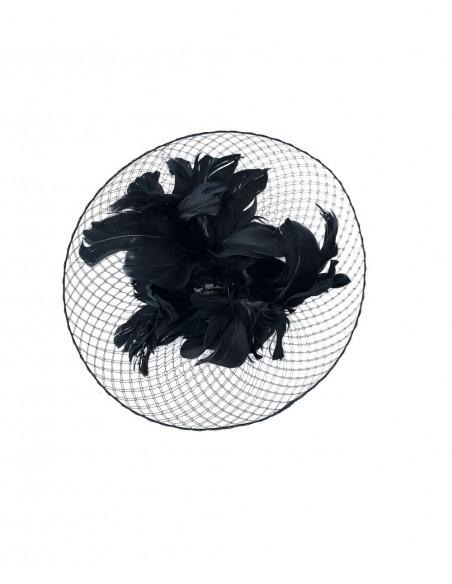 Base de velo con plumas de oca en negro de Belén Antelo