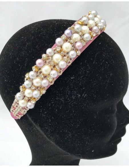 Diadema de satén con perlas para vestidos de coctel