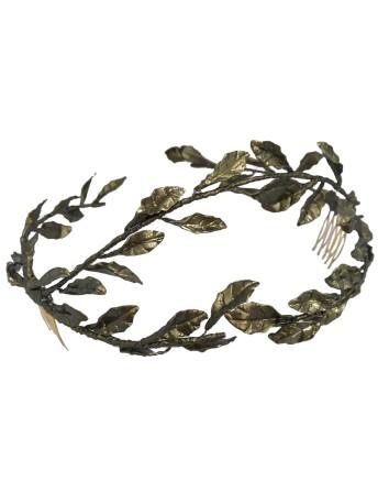 Corona de hojas de porcelana  de Belén Antelo