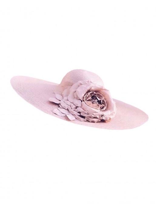 Pamela nude en paja sintética y flor de seda de Belén Antelo