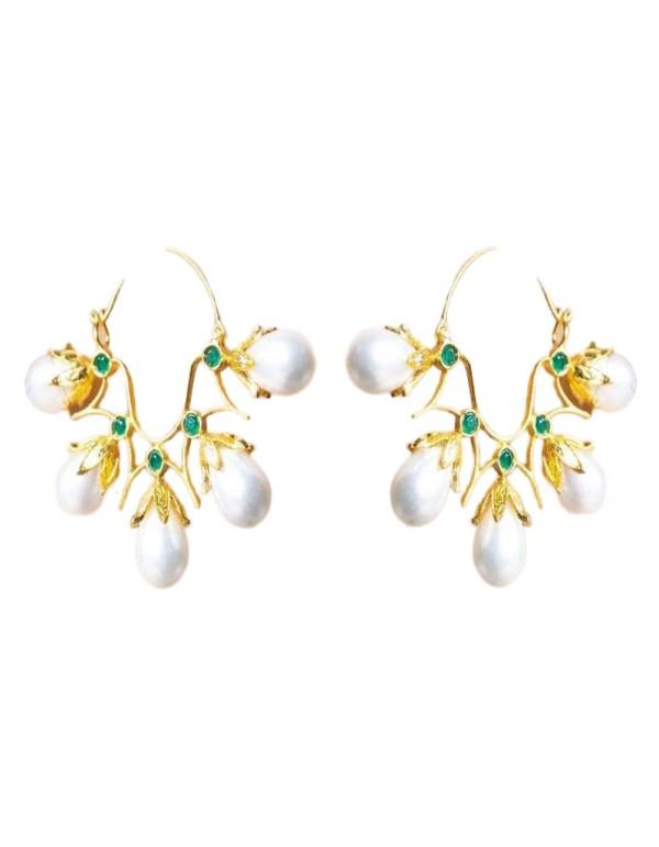 Aros de perlas de cristal de Bombay Sunset