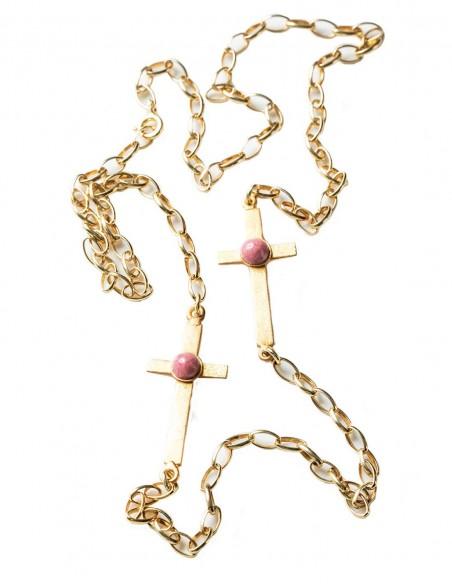Collar cruces de Eme Jewels para INVITADISIMA. Invitada perfecta.