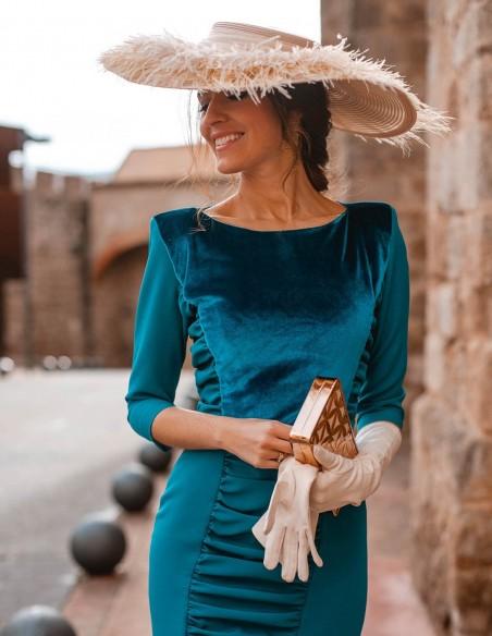 Wide-brimmed pamela with feather fringe for wedding guests
