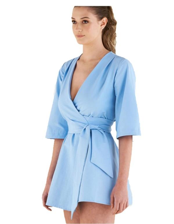 kimono azul con cinturon para bodas y fiestas de invitadas