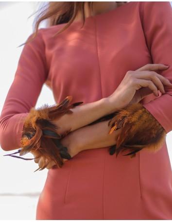 Mono de corte recto perfecto para un cóctel o para ser la invitada de boda