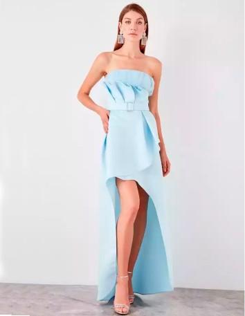 Asymmetric maxi gown in baby blue Lauren Lynn London - 2