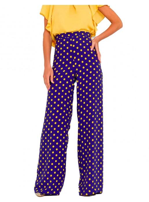 Long, high-waisted pants with polka dots by nuribel