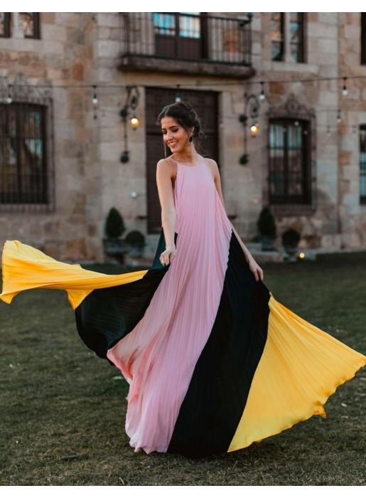 Long tricolour dress by Nuribel Style at INVITADISIMA nuribel - 1