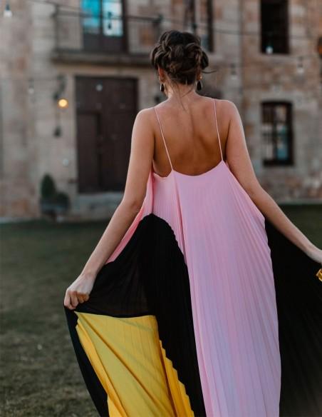 Long tricolour dress by Nuribel Style at INVITADISIMA nuribel - 3