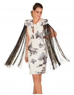 Vestido de cóctel estampado de flores y manga con flecos de Cayro