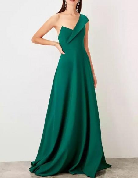 Asymmetric neckline maxi gown in emerald green