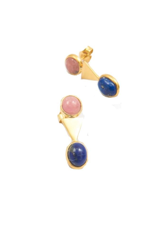 Golden triangle earrings of precious stones at INVITADISIMA