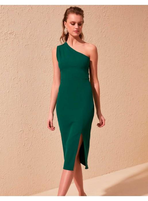 Vestido de cóctel ajustado con escote asimétrico y abertura en la falda verde