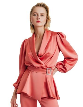 Blusa cruzada con aplique joya de Elsa Barreto
