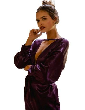 Vestido de cóctel con maxi escote en V