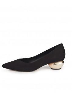 Zapatos de tacón negro de ante con tacón espejo.