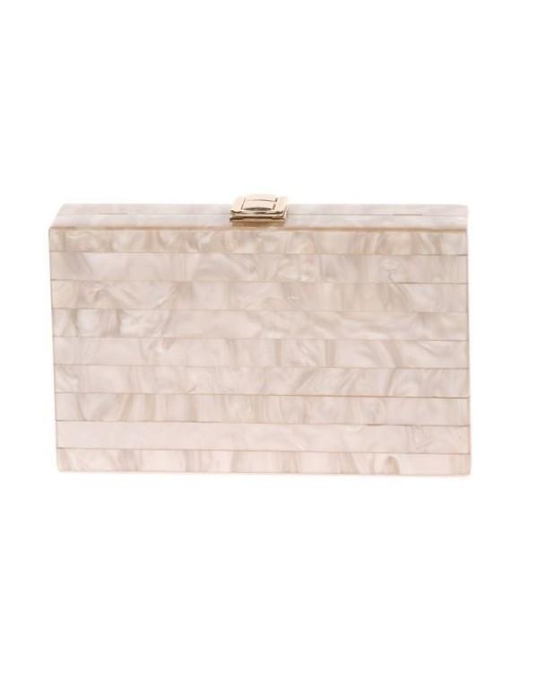 Pearly pastel clutch bag- chanpagne