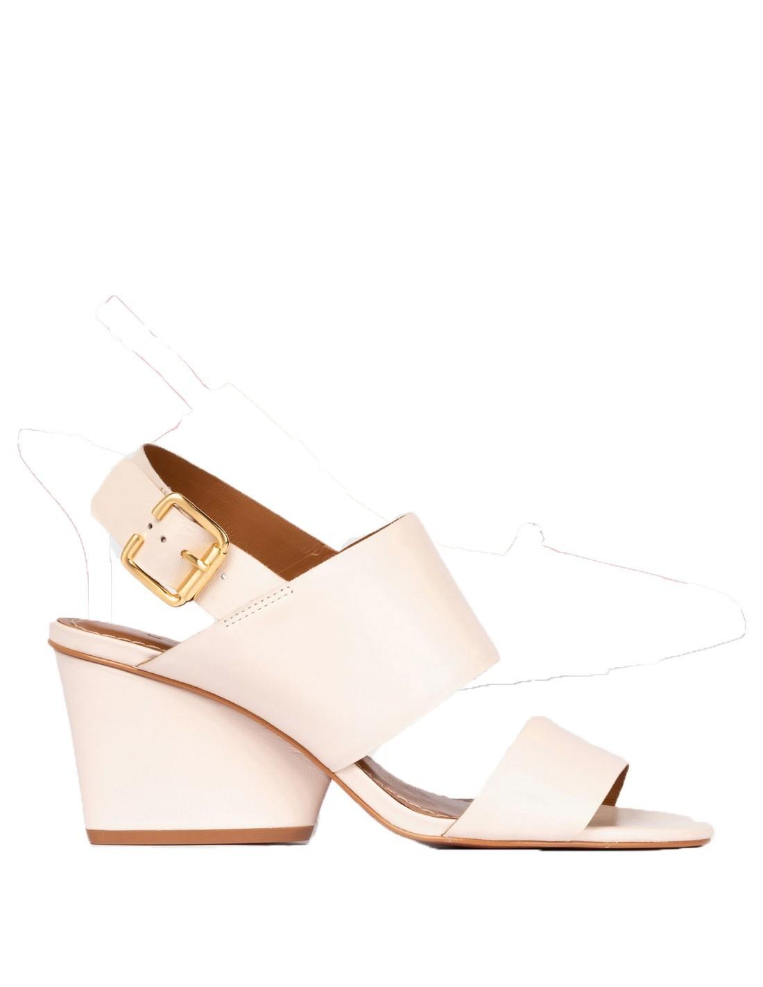 White suede sandals   INVITADISIMA