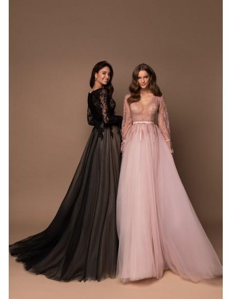 Boho maxi party dress with V neckline and lace wedding