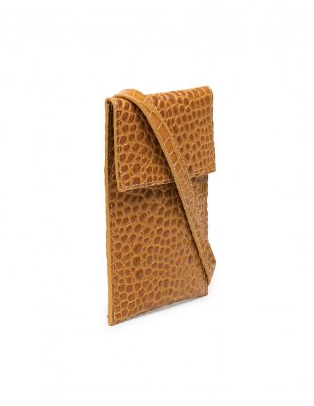Mini leather bag at INVITADISIMA