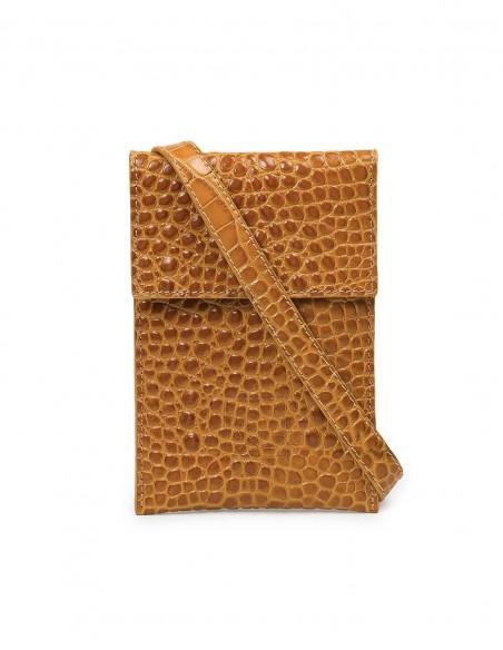 Leather bag at INVITADISIMA
