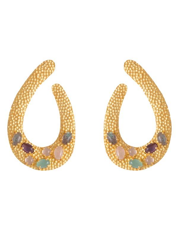 Pendientes de fiesta de lágrima dorados con piedras naturales boda