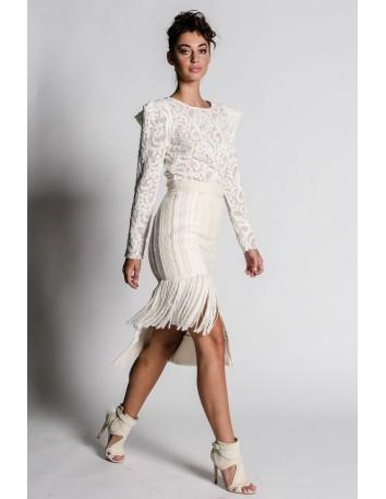 Falda midi blanca de flecos con combinación de texturas