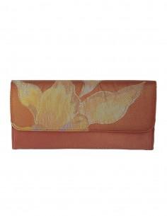 Bolso de mano para fiesta de seda bordada en tonos multicolor y dorados  - 1