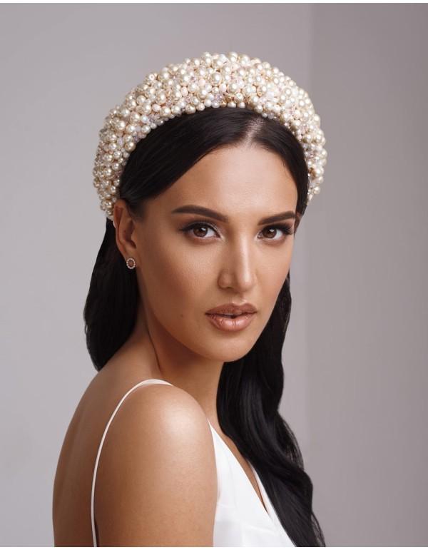 Diadema gruesa de perlas y cristales para novia o invitada-beige