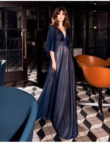 Evening dress with empire cut and V-neckline