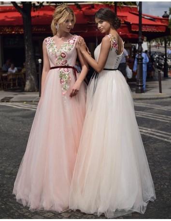 Vestido largo de tul con flores bordadas EMABRIDE - 2
