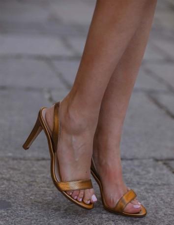 Sandalias de fiesta de piel doradas - INVITADA PERFECTA