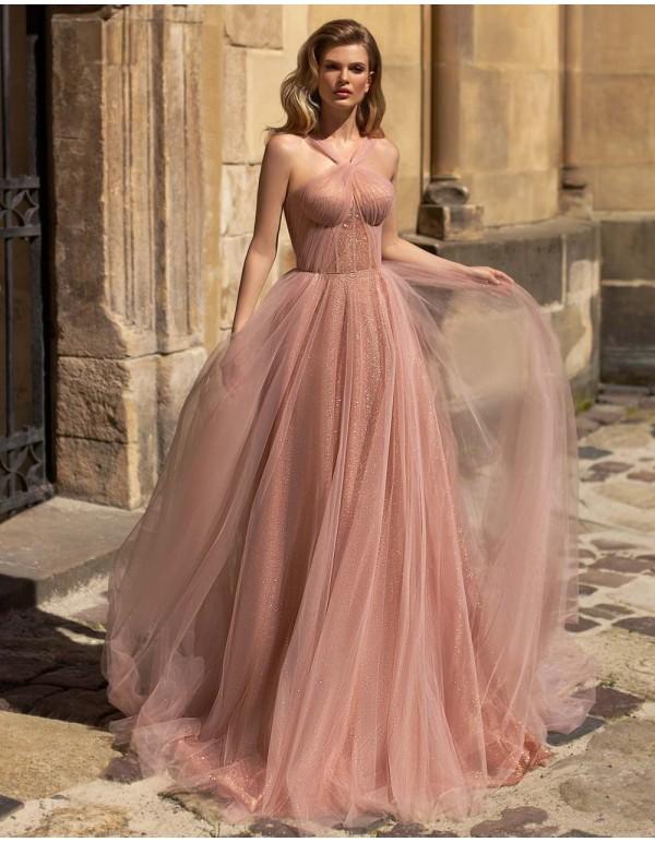 Vestido de noche con escote halter rosa palo