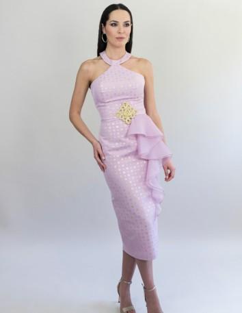 Vestido de mikadocon topos dorados ycaída deseda.Largo desde la cintura 80 cm.Color Estampado Rosa y Dorado. Victoria Victim