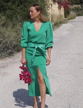 Falda midi verde esmeralda con abertura lateral