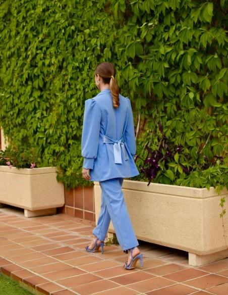 Pantalón azul en tejido satén de P&Roses