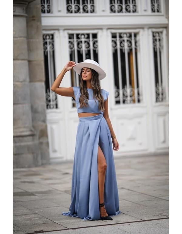 Falda larga de fiesta azul con abertura lateral