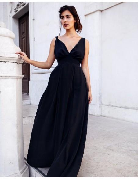 0abe86eec1d7 Vestido largo de fiesta con espalda descubierta negro