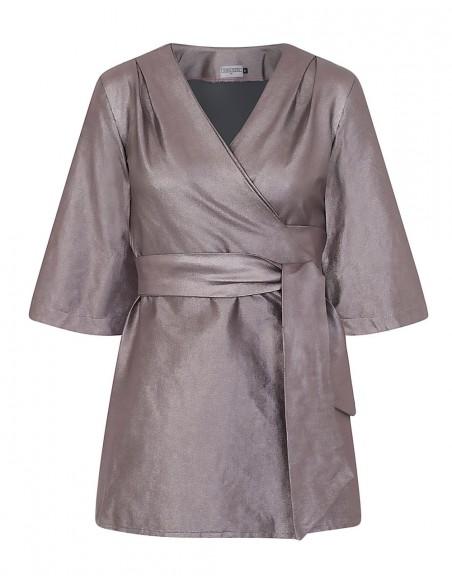 kimono metalizado cruzado para invitadas a bodas y bautizos