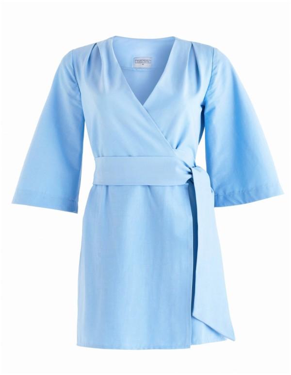 kimono azul clarito con cinturon para invitadas