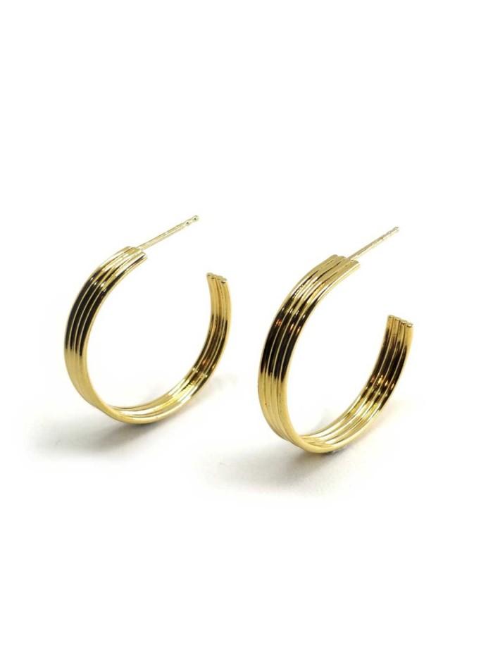Pendientes de oro Isobel de Joliet Joyas para INVITADISIMA. Tu web de invitadas perfectas.