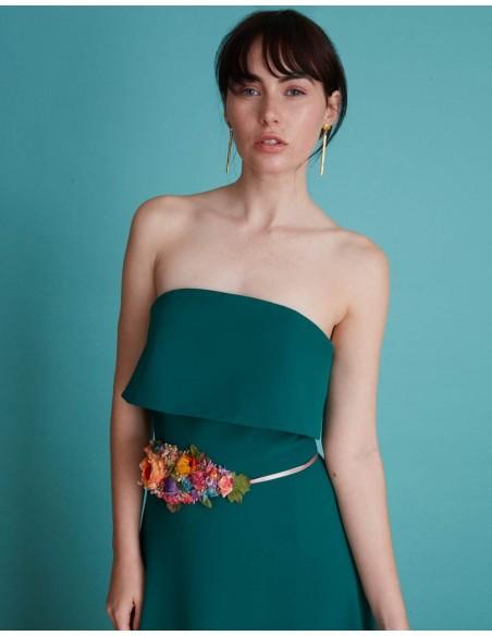 Vestido de fiesta largo con escote palabra de honor verde esmeralda