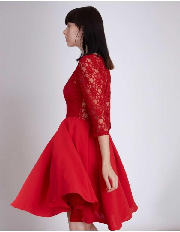 Vestido de cóctel rojo de encaje y falda de vuelo de Lauren Lynn London - INVITADISIMA