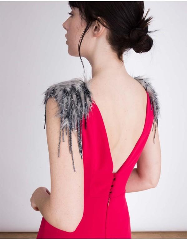 Vestido de fiesta con espalda con escote en V de color fresa