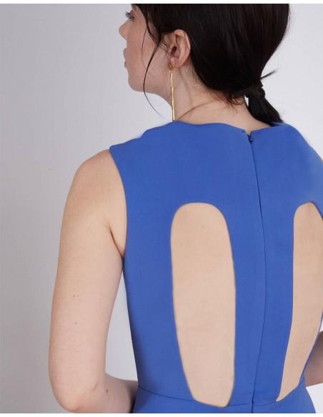 espalda del Mono de fiesta azul con detalle abierto en la espalda y pantalones palazzo de Lauren Lynn London INVITADISIMA
